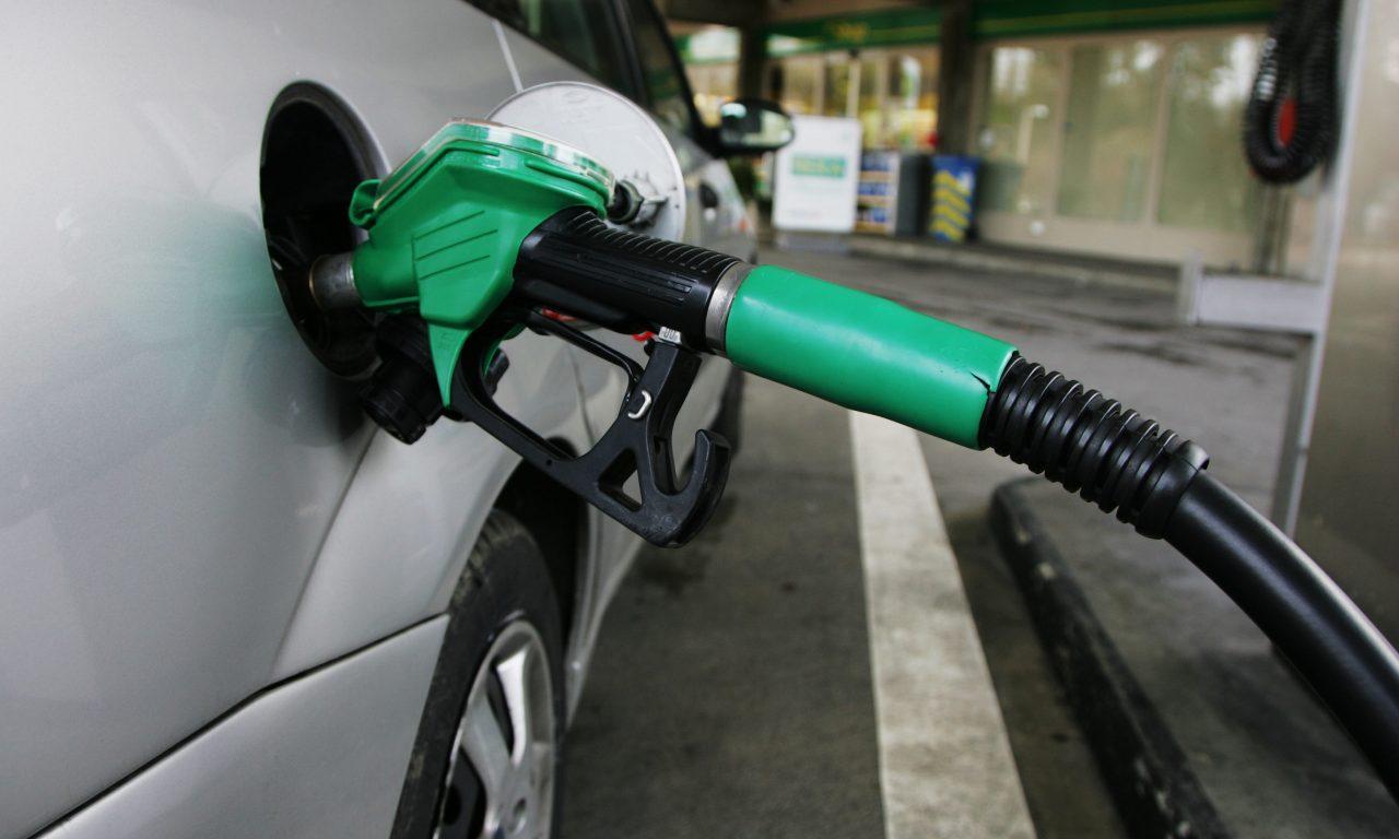 Aprender a ahorrar en la gasolina de tu coche