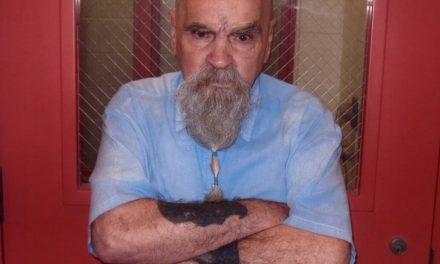 El asesino Charles Manson hospitalizado de urgencia