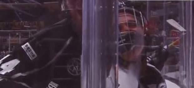 Justin Bieber sufre un aplastamiento en un partido de famosos de la NHL