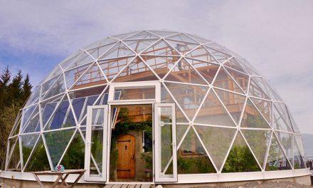 Vivir en una cúpula geodésica como si fuera un 'iglú'