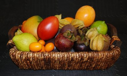 Tips para pelar las frutas con un vaso