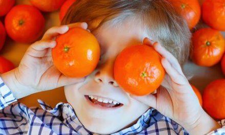 Lucha contra el colesterol infantil con zumo de mandarina