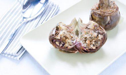 Alcachofas con salsa de jamón y champiñones