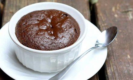 Receta de bizcocho de chocolate en 5 minutos