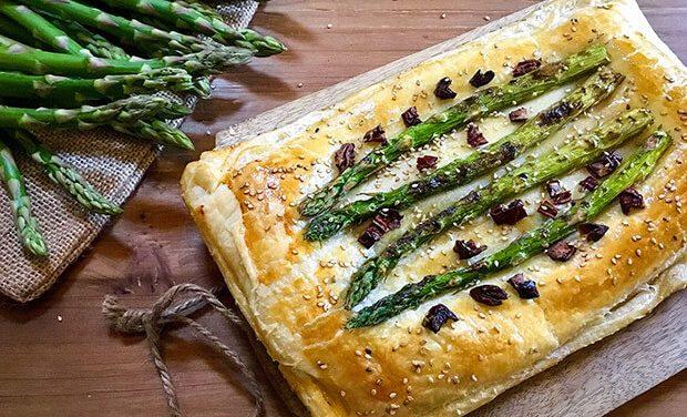 Receta de hojaldre de espárragos, queso y champiñones