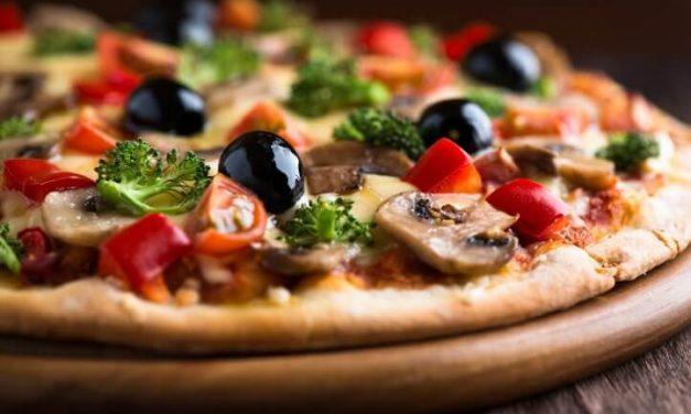 Cómo preparar la masa de una rica pizza italiana