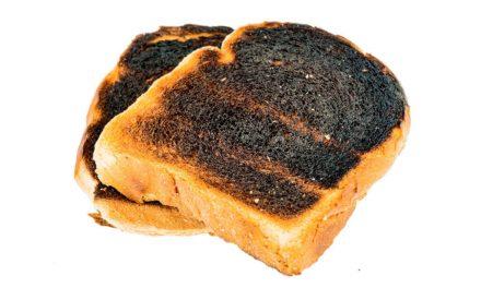 Lo que se debe hacer si se quema el pan tostado