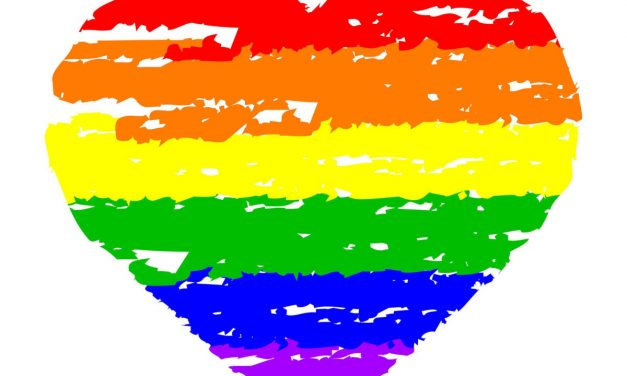 Un ciudadano Ruso demanda a Apple porque su iPhone le «convirtió en gay»