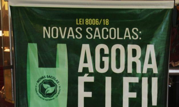 Supermercados passam a cobrar por sacolas plásticas a partir deste sexta-feira
