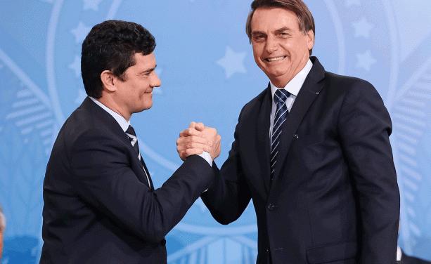 Em 2019, PF de Moro e Bolsonaro deu 44 mil autorizações de posse de armas a cidadãos comuns