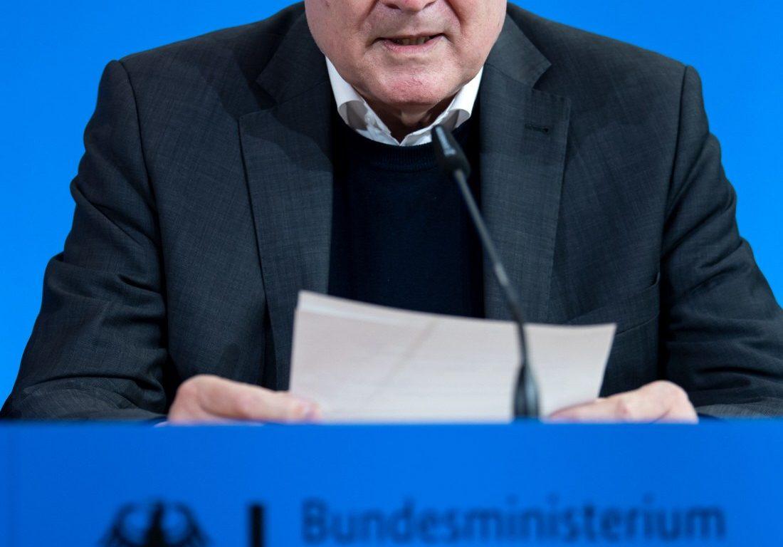 """Seehofer wirft Habeck """"unredliche Politik"""" vor"""