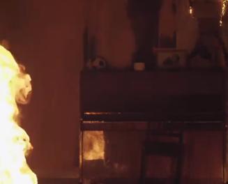 Började brinna i sovrum – kvinna svårt skadad