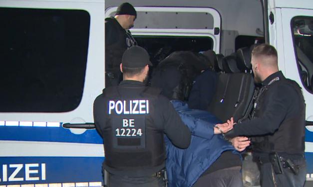 """Deutschlandweit Razzien gegen """"mutmaßliche Islamisten"""""""