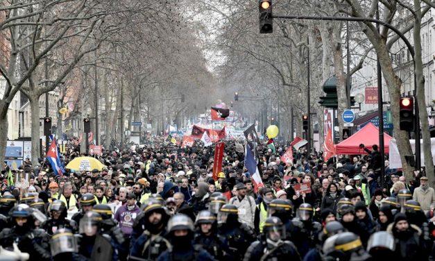 La grève continue malgré les concessions du gouvernement